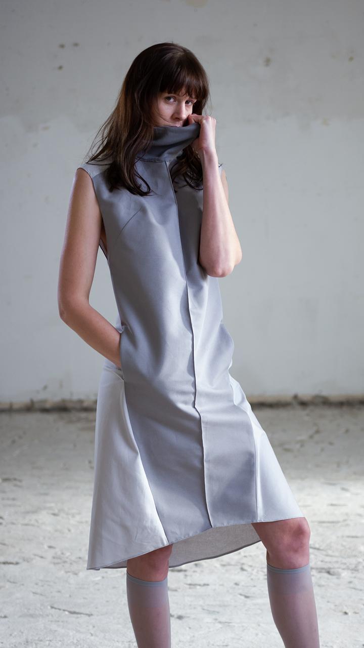 greydress, high-end fashion, clean, timeless, urban, avantgarde, fairfashion, slow, sustainable, local