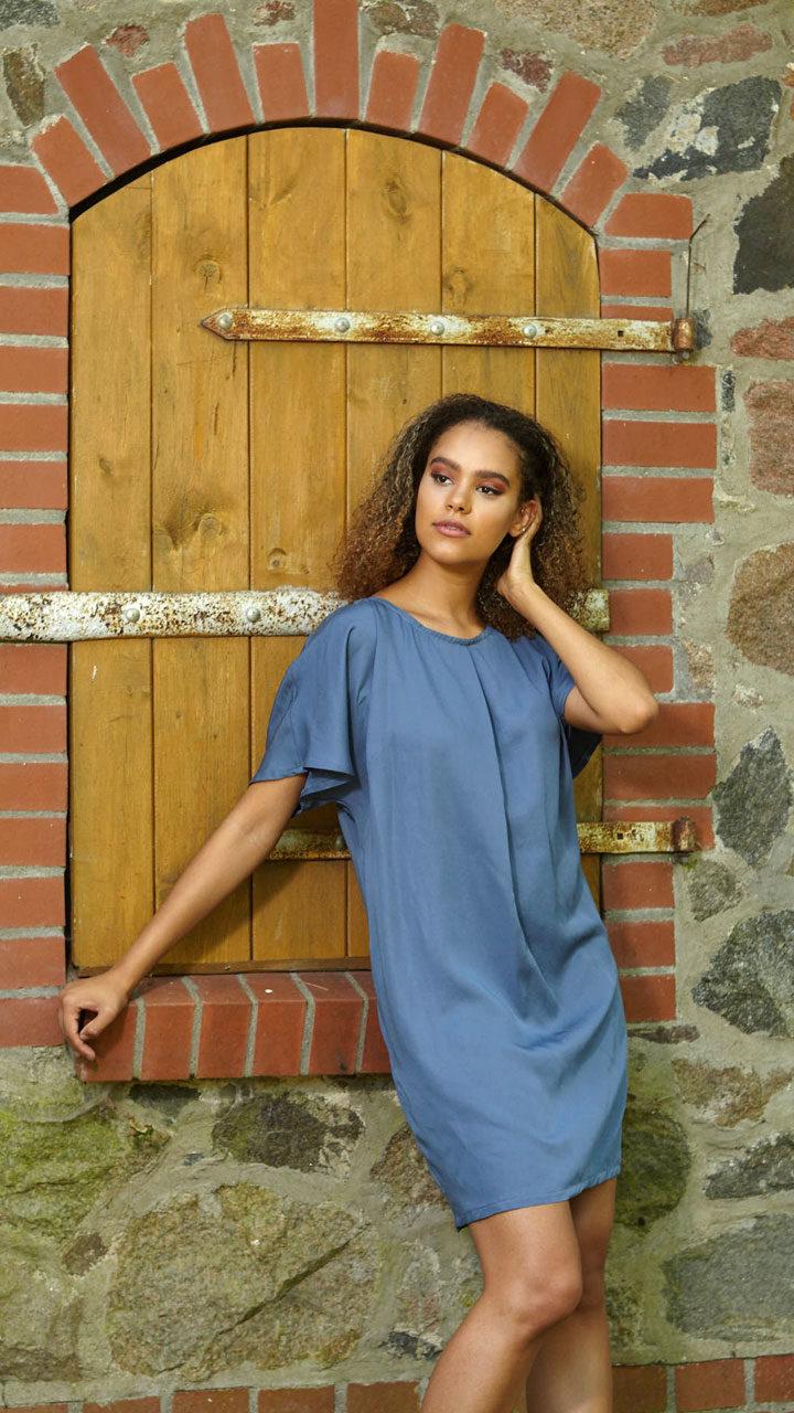 Kleid Lace in Blau aus Tencel mit Sptze im Rückteil von WiDDA berlin